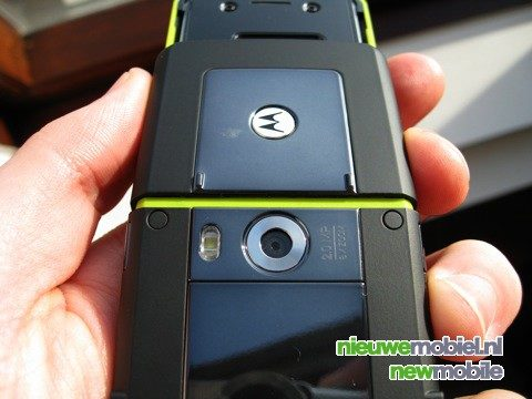 Uitpakken van de Motorola RIZR Z8