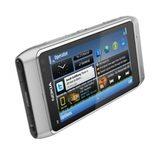 Nokia N8 shot e zilver 604x