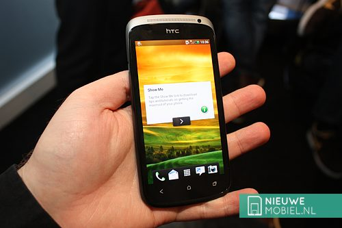 HTC One S in hand