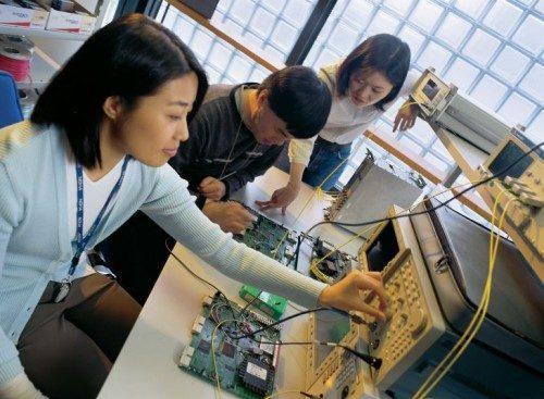 201216 700 electronics testing01
