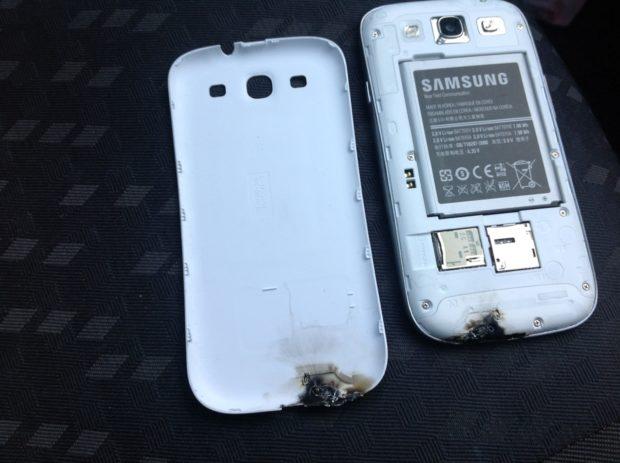 Galaxy S III explodes