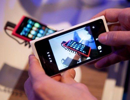 Nokia krijgt forse boete voor het versturen van spam