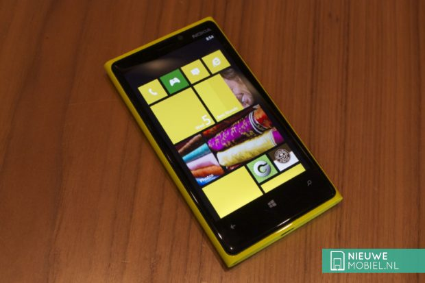 Nokia Lumia 920 front