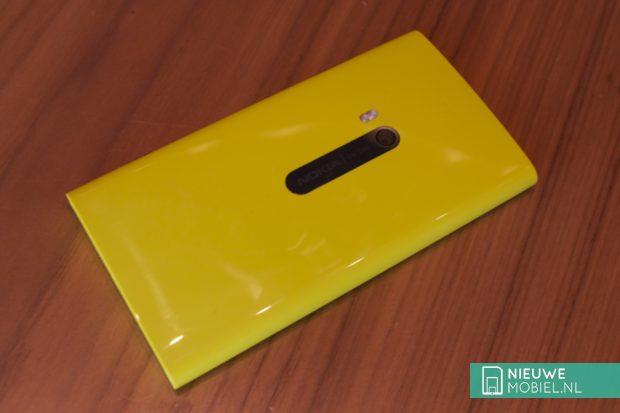 Nokia Lumia 920 rear