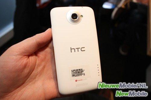 HTC One X achterzijde