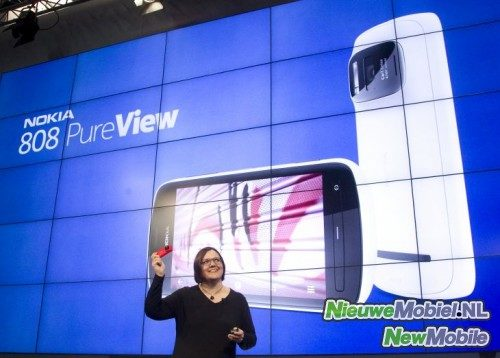 Jo Harlow introduces PureView 808