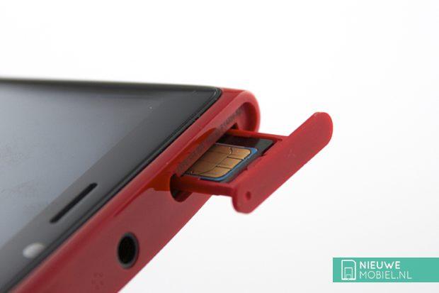 Nokia Lumia 920 sim tray