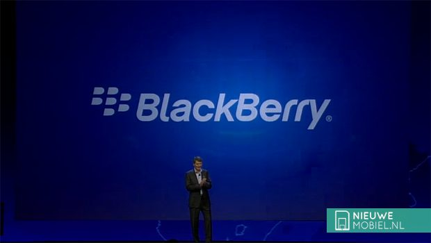 Overname BlackBerry afgeketst, CEO Heins stapt op