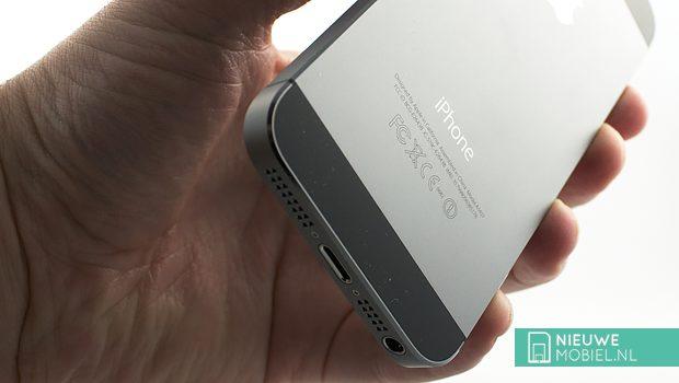 Apple iPhone 5S ports