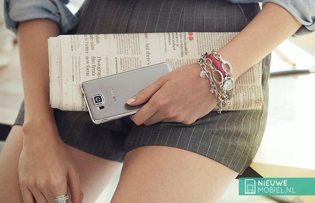 Samsung Galaxy Alpha women