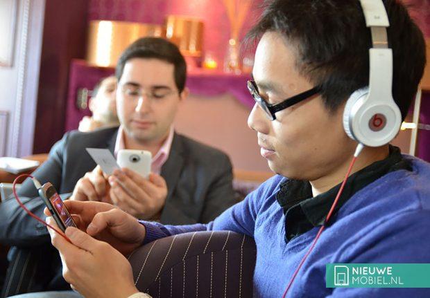 HTC broedt op muziektelefoon voor eerste helft 2014