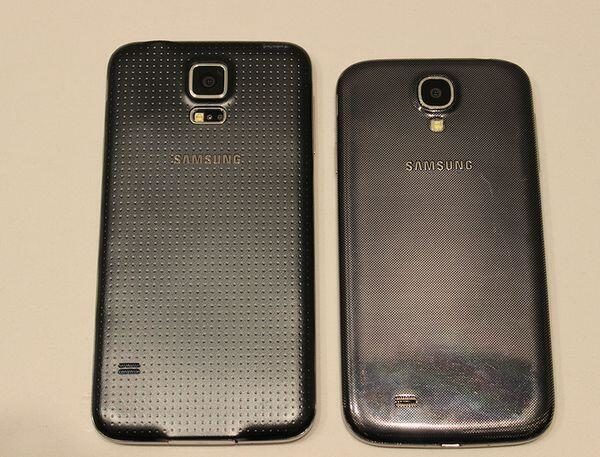 Samsung Galaxy S5 and S4 rear