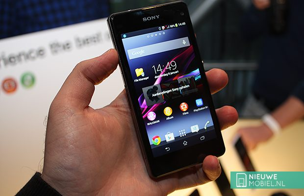 Sony Xperia Z1 Compact in hands