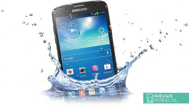 Samsung Galaxy S4 Active water