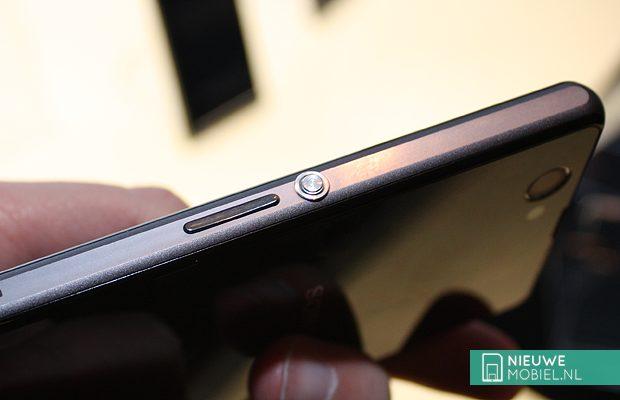 Sony Xperia power button