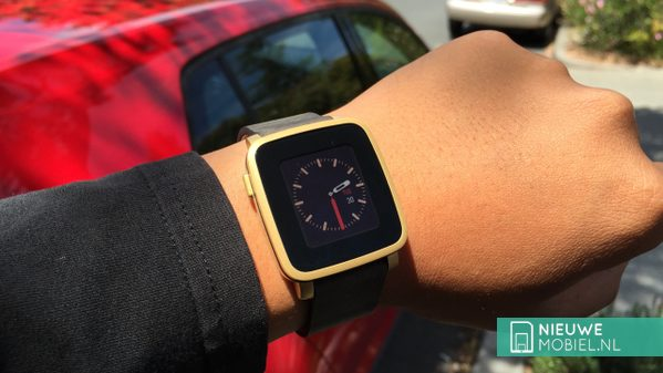 Pebble Time Steel hands-on