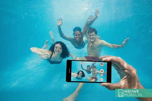 Sony Xperia Z underwater