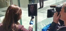 Australiër laat robot in rij staan voor Apple iPhone 6s