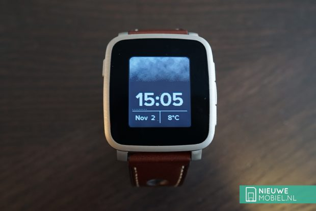 Pebble Time Steel display