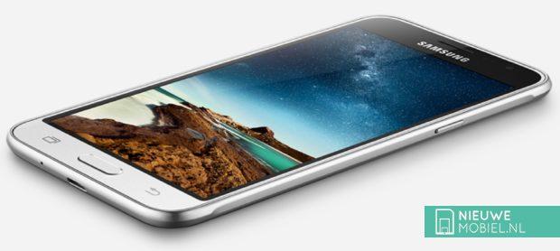 Samsung Galaxy J3 voorzijde schuin