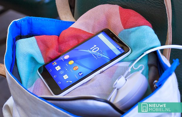 Sony Xperia E4 lifestyle