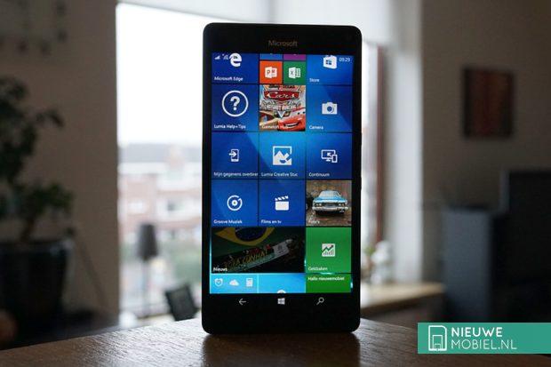 Microsoft Lumia 950 XL voorzijde