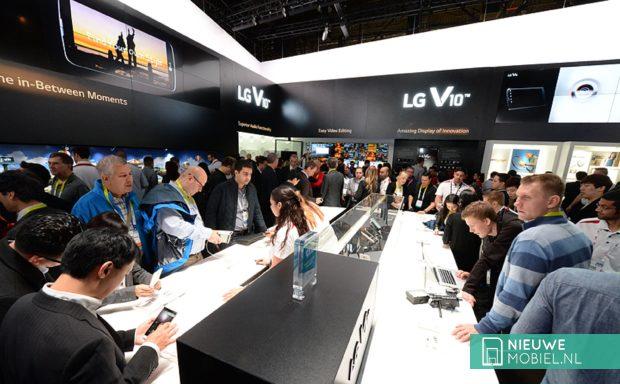 LG V10 stand