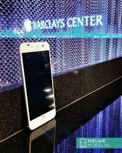 HTC One A9 wit