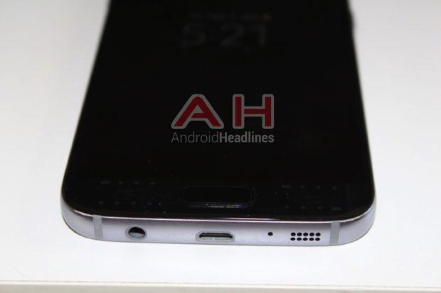 Samsung Galaxy S7 onderkant USB-poort