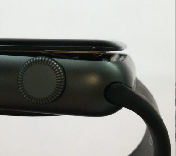 Apple Watch 1st gen opgezwollen batterij