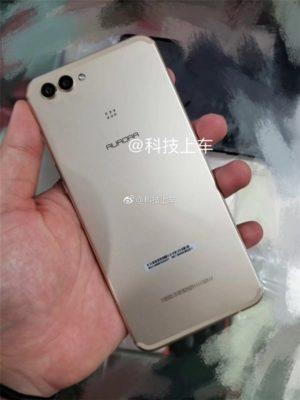 Huawei nova 3 achterkant