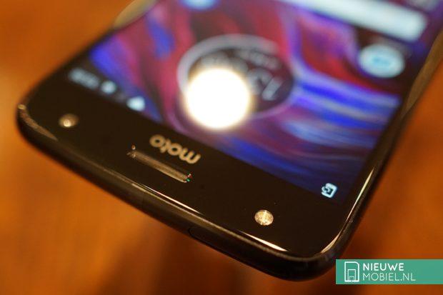 Motorola Moto X4 selfieflash