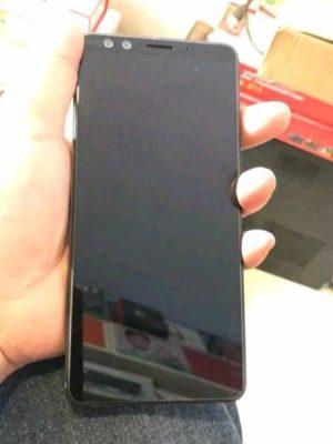 HTC U12+ voorkant