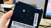 Mogelijke Nokia 9 gefotografeerd met 5 camera's