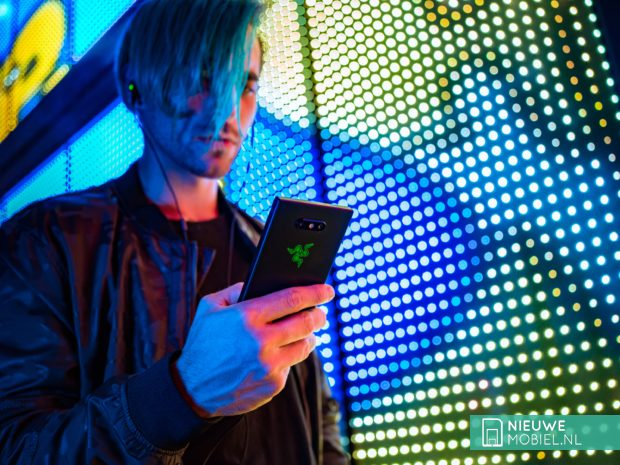Razer Phone 2 met Razer Chroma