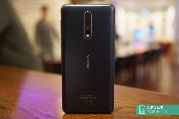 Nokia 8 achterzijde