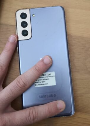 Samsung Galaxy S21 Plus rear in Phantom Violet
