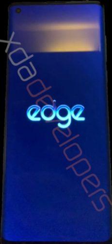 Motorola Edge front screen
