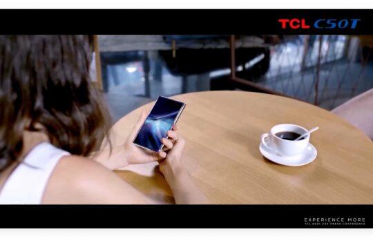 TCL toont oprolbaar AMOLED-scherm van 6,7 inch groot
