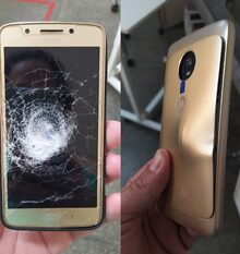 Mobile phones can save your life, literally! This Motorola Moto G5 caught a bullet during a robbery, saving someone's life // via @Oparbento1