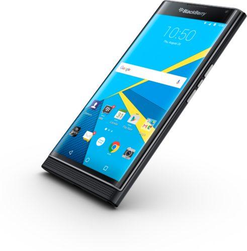 BlackBerry Priv voorkant rechterzijkant schuin gesloten