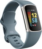 Fitbit Charge 5 blauw voorkant linkerzijkant gesloten