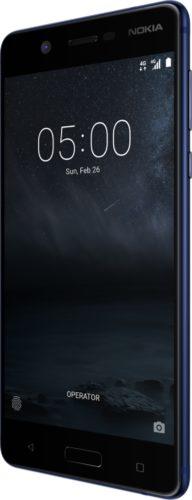 Nokia 5 blauw voorkant rechterzijkant