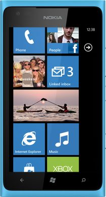 Nokia Lumia 900 (RM-823)