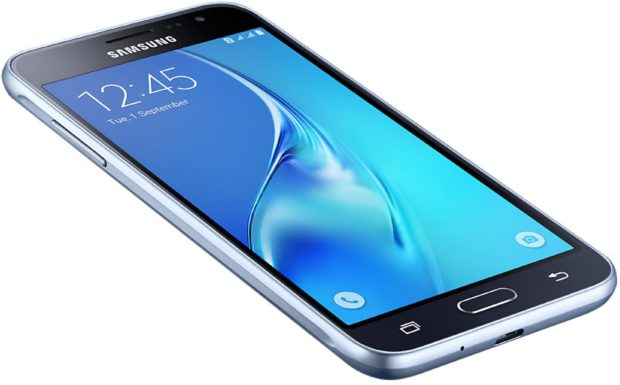 Samsung Galaxy j3 2016 duos zwart schuin