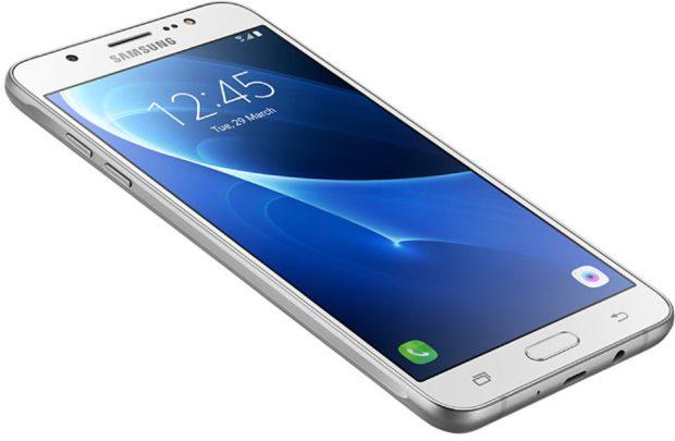 Samsung Galaxy j7 2016 wit schuin